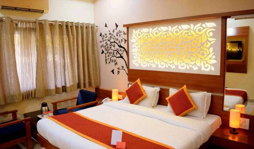 Hotel Sunset Inn With Swimming Pool - Get cheap hostel rates and check availability in Abu 25 photos