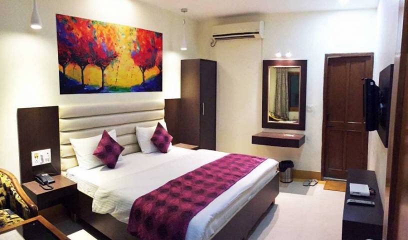 Hotel Veenus Interntional - Search available rooms and beds for hostel and hotel reservations in Amritsar 16 photos