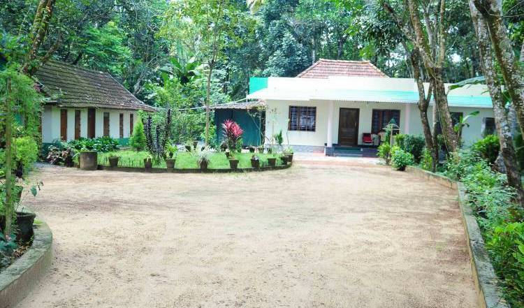 Kuttickattil Gardens Homestay -  Kottayam, cheap bed and breakfast 12 photos