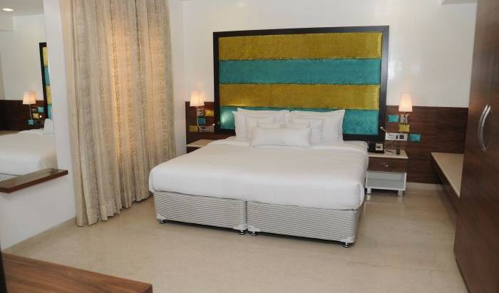 Lawoods Hotel - Get cheap hostel rates and check availability in Chennai 14 photos