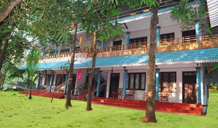 Marari Beach Villas, superior deals in Alleppey (Alappuzha), India 17 photos