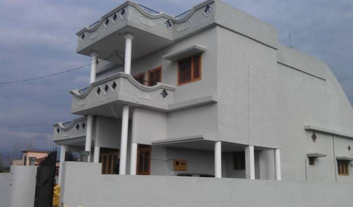 Sharma Villa In Dehradun Outskirts - Search available rooms and beds for hostel and hotel reservations in Dehra Dun 3 photos