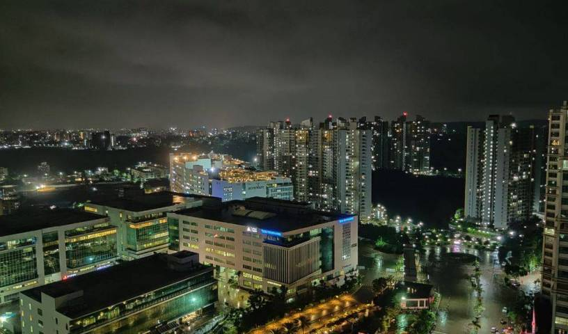 Sky High At Blue Ridge - 22nd Floor - Search for free rooms and guaranteed low rates in Pune 11 photos