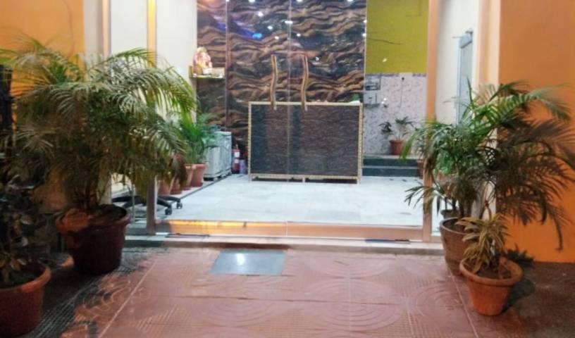 Suman Niwas -  Lucknow 7 photos