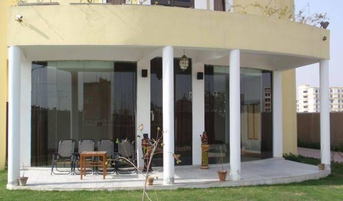 The Regent Comfort Home 14 photos