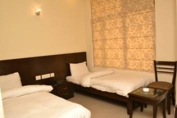 Crystal Palace, New Delhi, India, read reviews from customers who stayed at your hostel in New Delhi