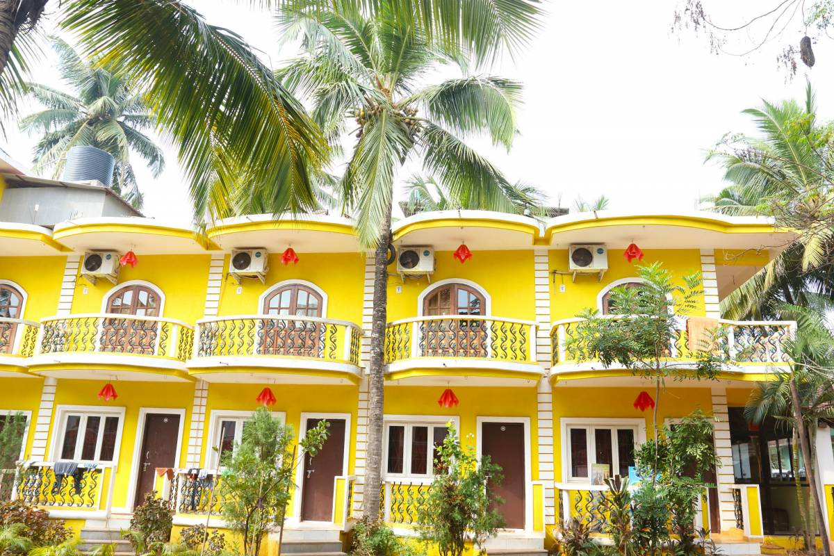 Dreams Palm Beach Resort, Calangute, India, India hostels and hotels