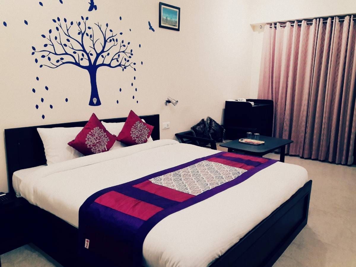 Hotel Avlokan, Naini Tal, India, India hostels and hotels