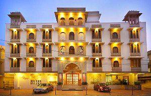 Hotel Castle Lalpura, Jaipur, India, India hostels and hotels
