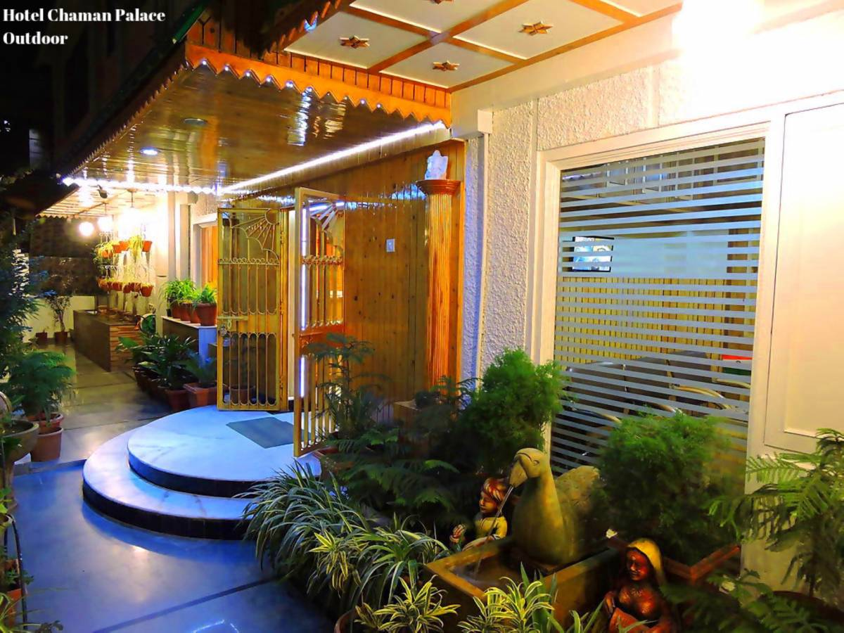 Hotel Chaman Palace, Shimla, India, join the bed & breakfast club, book with BedBreakfastTraveler.com in Shimla