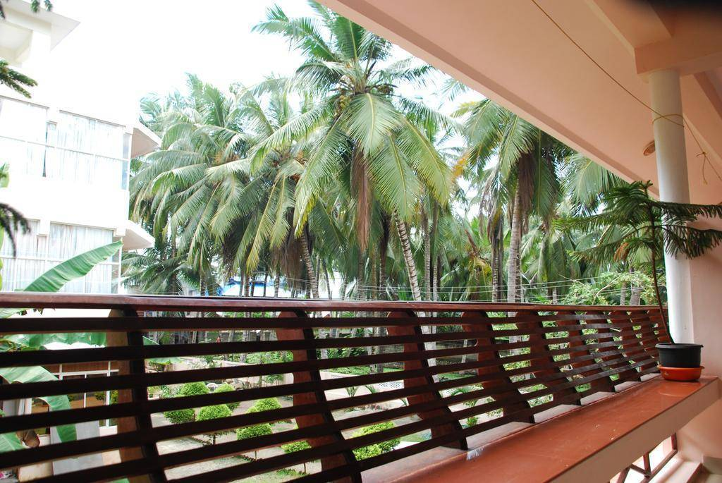 Coco Beach Ayurvedic Resort, Kovalam, India, find many of the best bed & breakfasts in Kovalam