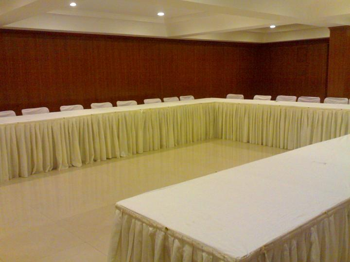 Hotel Guest Inn Suites, Hyderabad, India, how to select a bed & breakfast and where to eat in Hyderabad