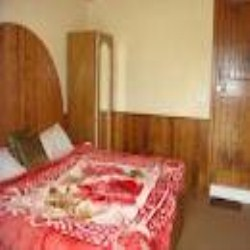 Hotel Manali Majestic, Manali, India, explore everything from luxury bed & breakfasts to sprawling inns in Manali