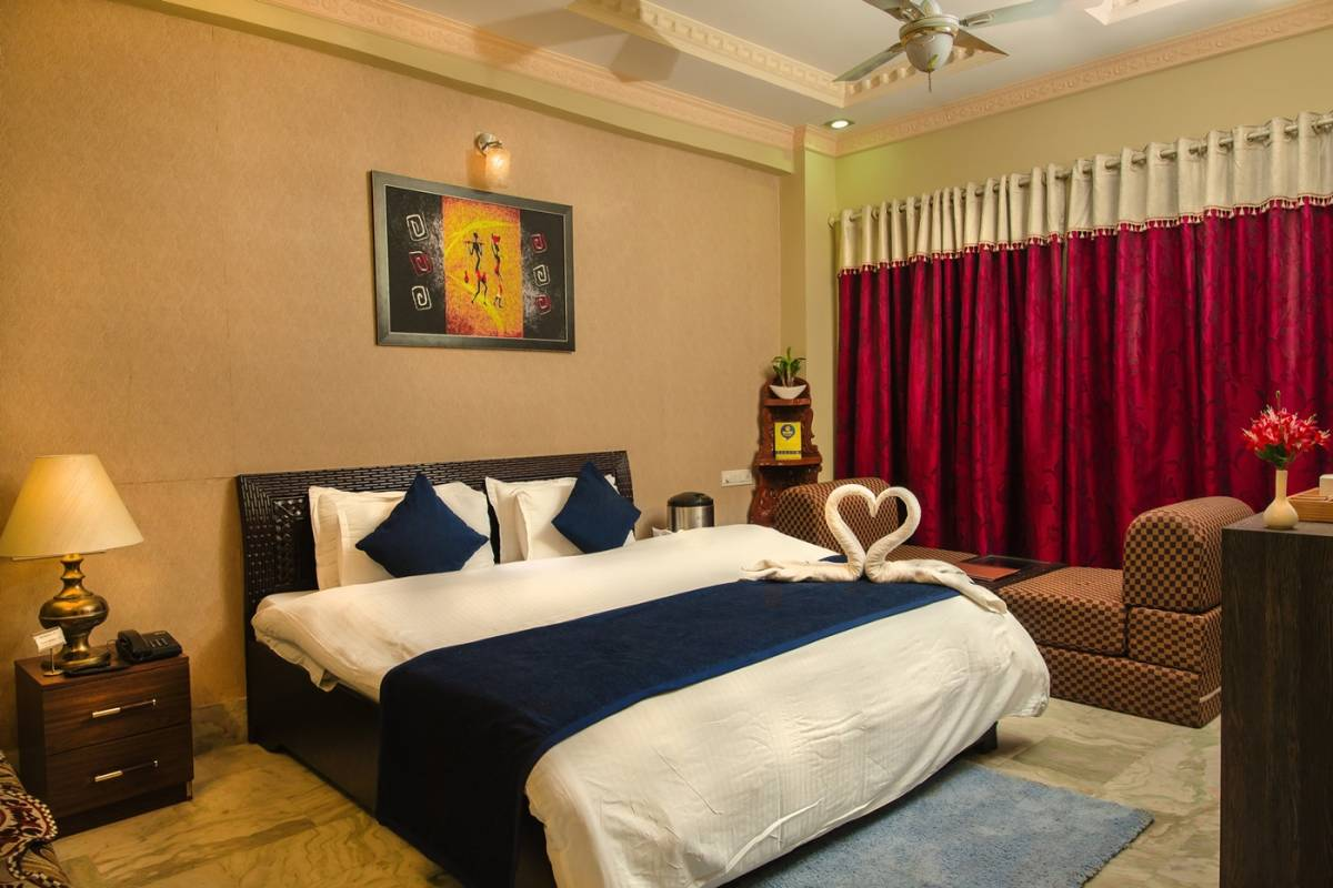Hotel Meenakshi, Udaipur, India, bed & breakfasts with travel insurance for your booking in Udaipur