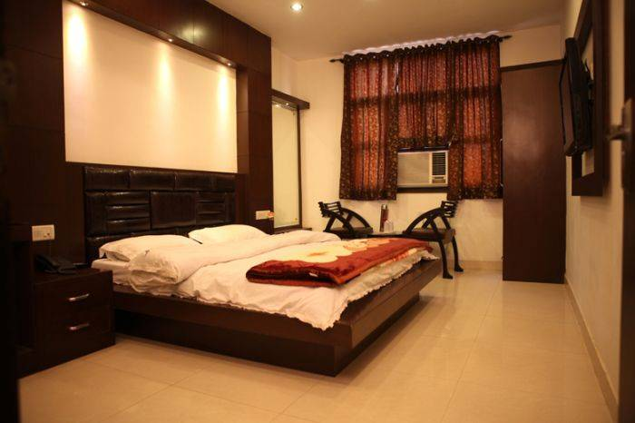 Hotel Pahwa International, New Delhi, India, India hostels and hotels