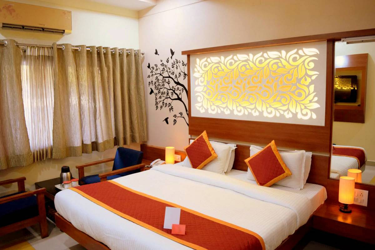 Hotel Sunset Inn With Swimming Pool, Abu, India, India hostels and hotels
