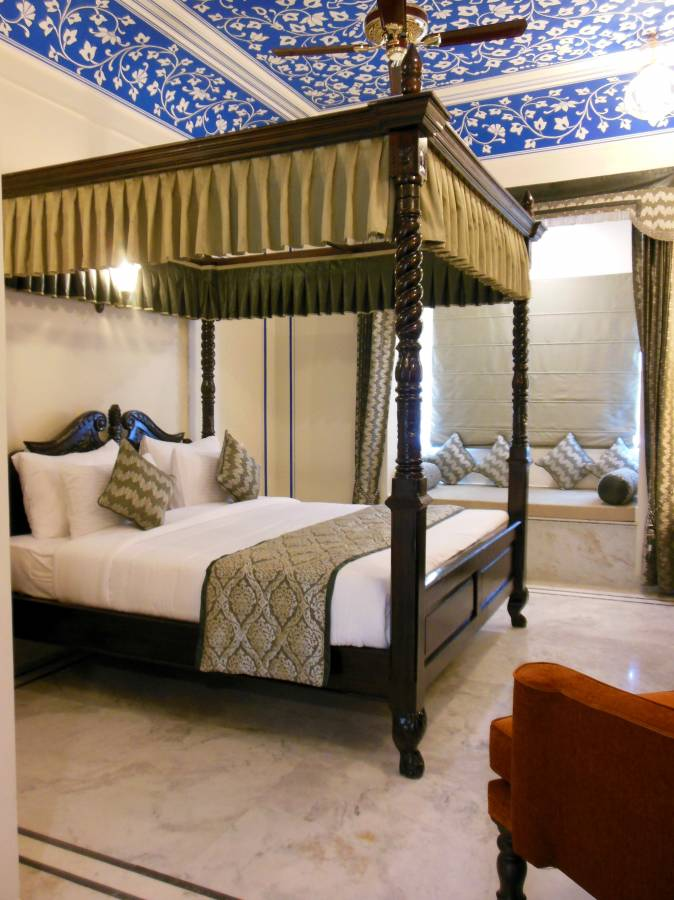 Hotel Umaid Haveli, Jaipur, India, book tropical vacations and bed & breakfasts in Jaipur
