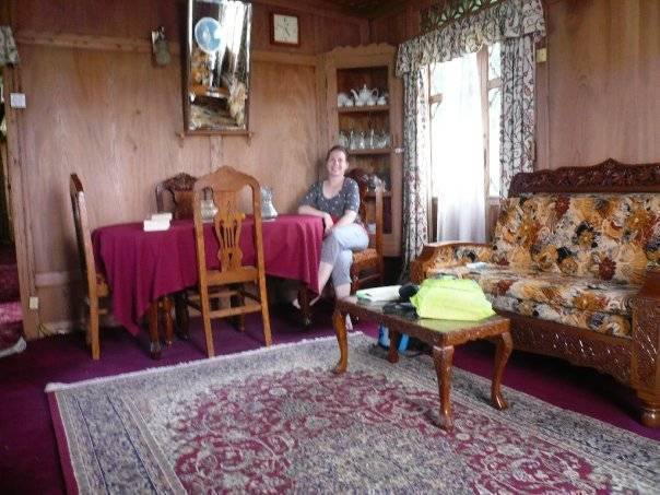 Houseboat Moonshine, Srinagar, India, bed & breakfasts near the museum and other points of interest in Srinagar