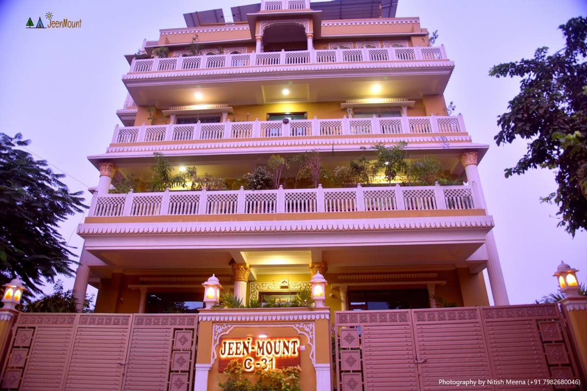 Jeenmount Hotel and Resort, Jaipur, India, India hostels and hotels