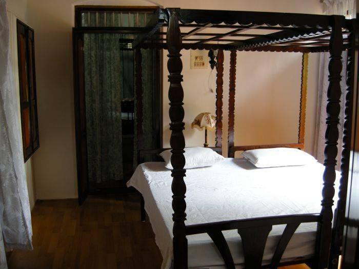 Kanjirakkattu Heritage Home, Kumarakom, India, stay in a bed & breakfast and meet the real world, not a tourist brochure in Kumarakom