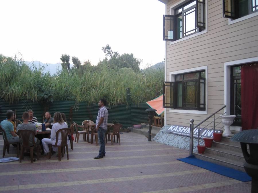 Kashmir Inn, Srinagar, India, fast bed & breakfast bookings in Srinagar