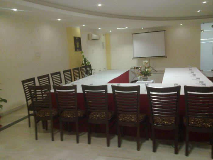 Le Aster Hotel, Gurgaon, India, excellent deals in Gurgaon