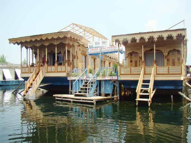 Mandalay Houseboats, Srinagar, India, India bed and breakfasts and hotels
