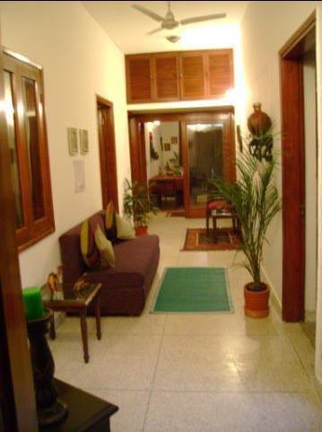 Minu's Domicile, New Delhi, India, preferred site for booking accommodation in New Delhi