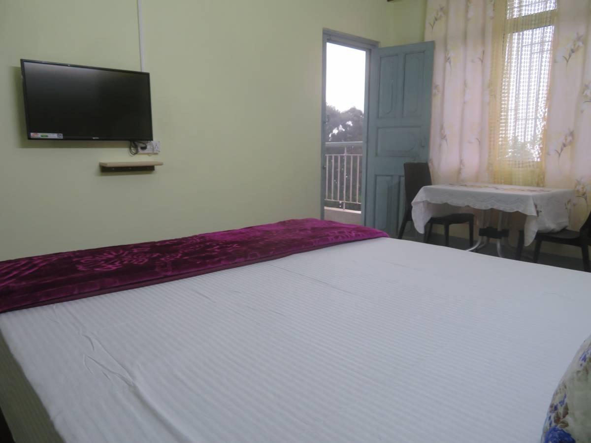 Pine Touch Retreat, Darjiling, India, cheap travel in Darjiling