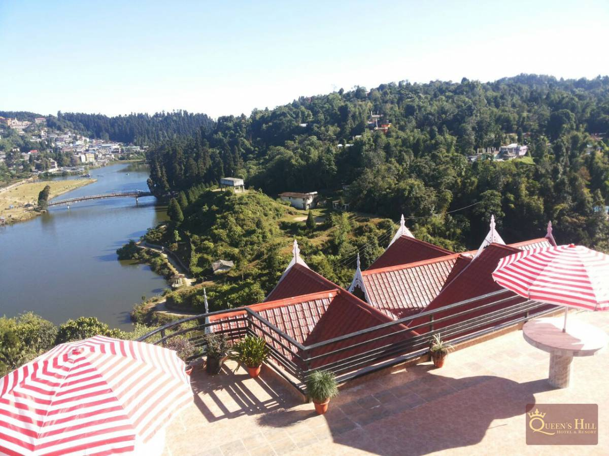Queen's Hill Hotel and Resort, Mirik, India, where to stay and live in a city in Mirik