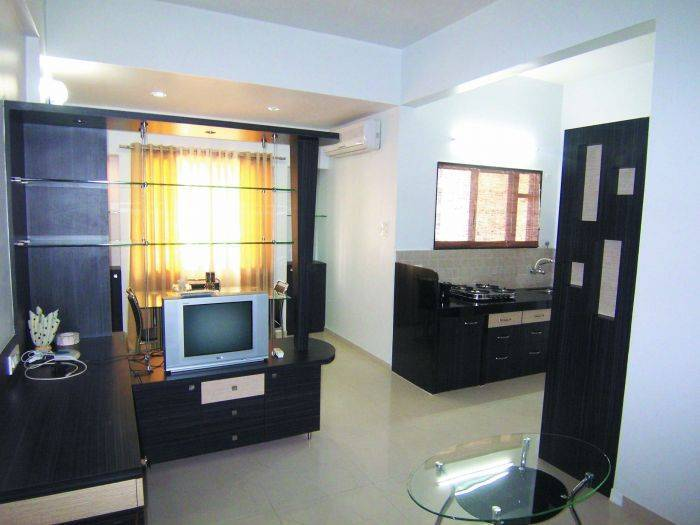 Satellite Service Apartment, Pune, India, backpackers and backpacking bed & breakfasts in Pune