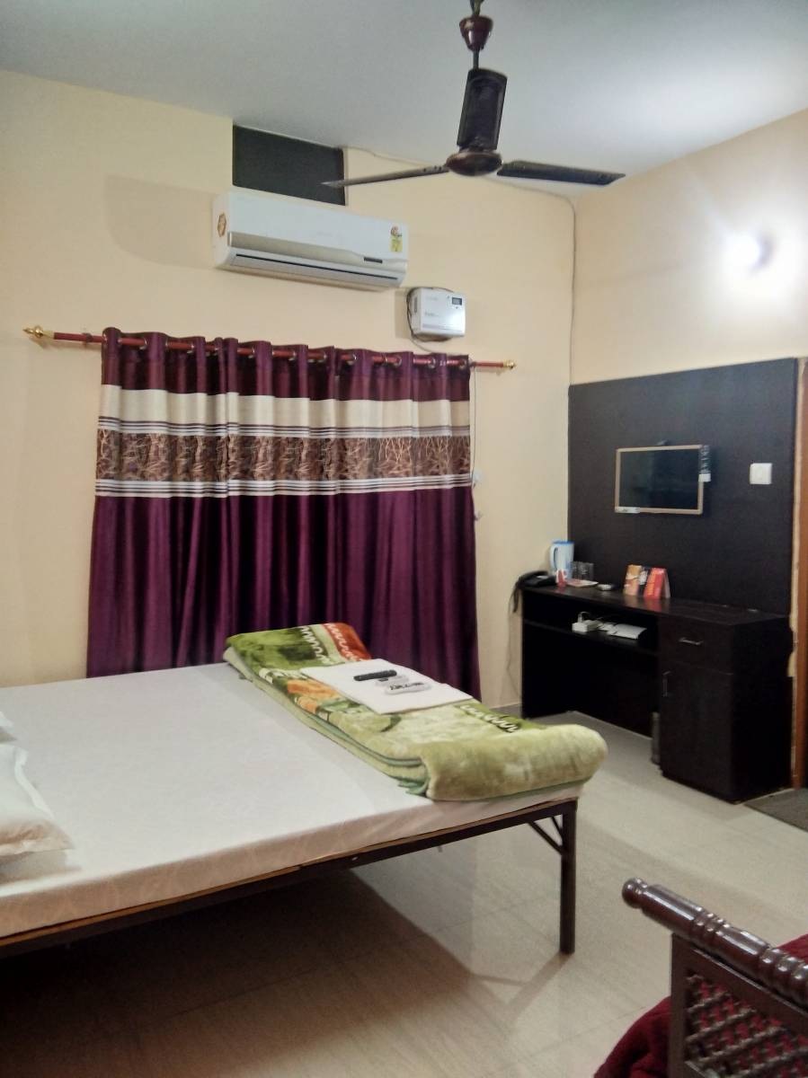 Suman Niwas, Lucknow, India, low cost lodging in Lucknow