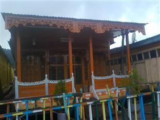 Young Shahzada Group Of Houseboats, Srinagar, India, India bed and breakfasts and hotels