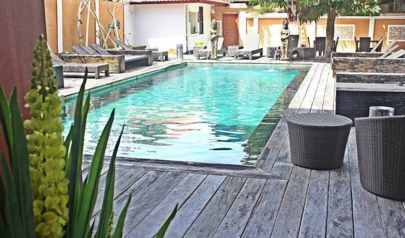 Mirah Hostel - Get cheap hostel rates and check availability in Kuta, guest benefits 5 photos