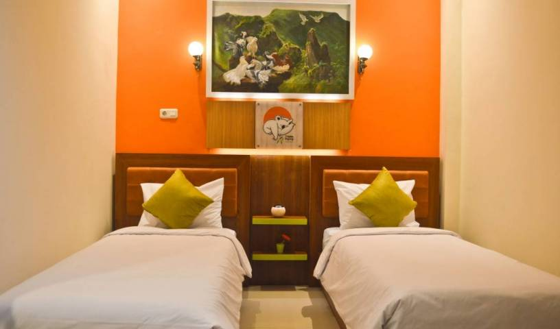 The Cabin Tanjung - Search available rooms and beds for hostel and hotel reservations in Wonosobo 10 photos