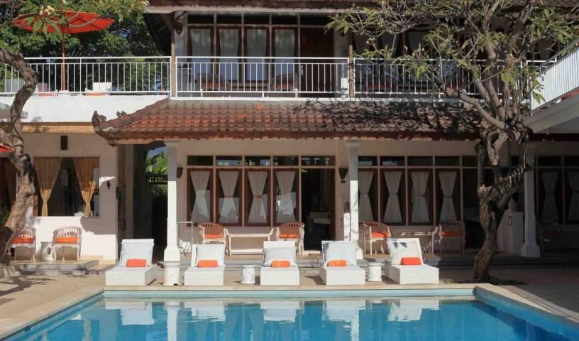 Villa Agung Beach Inn 6 photos