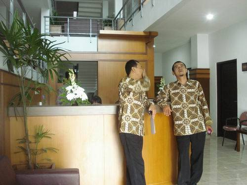 Uny Hotel Yogyakarta, Yogyakarta, Indonesia, how to spend a holiday vacation in a bed & breakfast in Yogyakarta