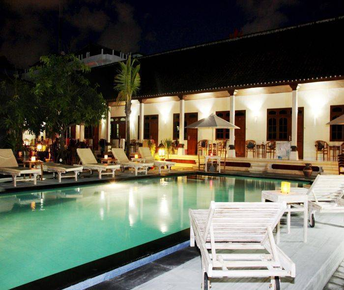 Warung Coco Guesthouse and Bungalows, Kuta, Indonesia, missä yöpyä ja asut kaupungissa sisään Kuta
