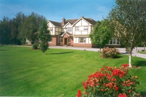 Redwood Guest House and Apartments, Killarney, Ireland, Ireland bed and breakfasts and hotels