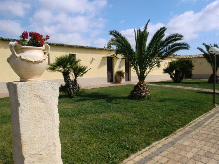 Agriturismo La Maddalena, Acate, Italy, no booking fees in Acate