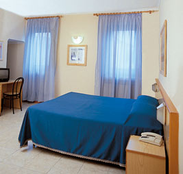 Albergo Firenze, Florence, Italy, family friendly vacations in Florence