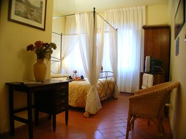 Antica Posta, Florence, Italy, Italy hostels and hotels