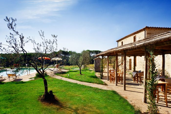 Antico Casale, San Gimignano, Italy, bed & breakfasts with free breakfast in San Gimignano