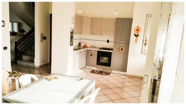 Area Domus, Pompei, Italy, last minute bookings available at bed & breakfasts in Pompei