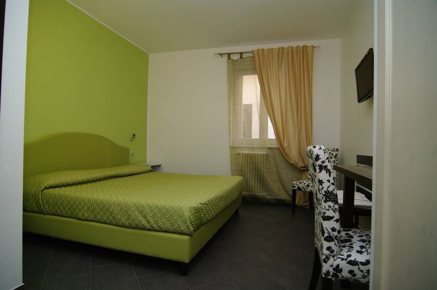 B and B Al Giardino Dell'alloro, Palermo, Italy, bed & breakfasts with the best beds for sleep in Palermo