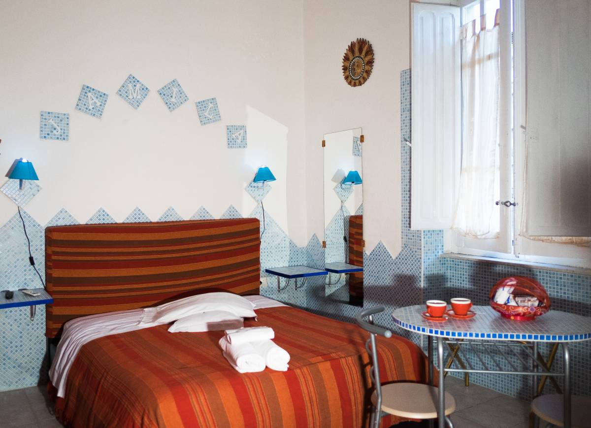 B and B Al Solemar, Cagliari, Italy, best deals for hostels and backpackers in Cagliari