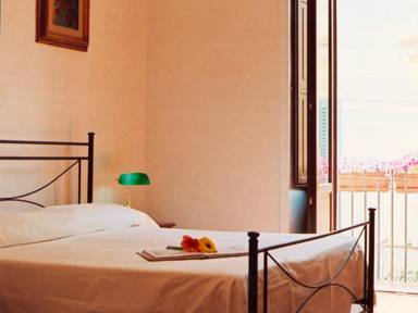 BB Centro Storico, Lecce, Italy, hostels near the museum and other points of interest in Lecce