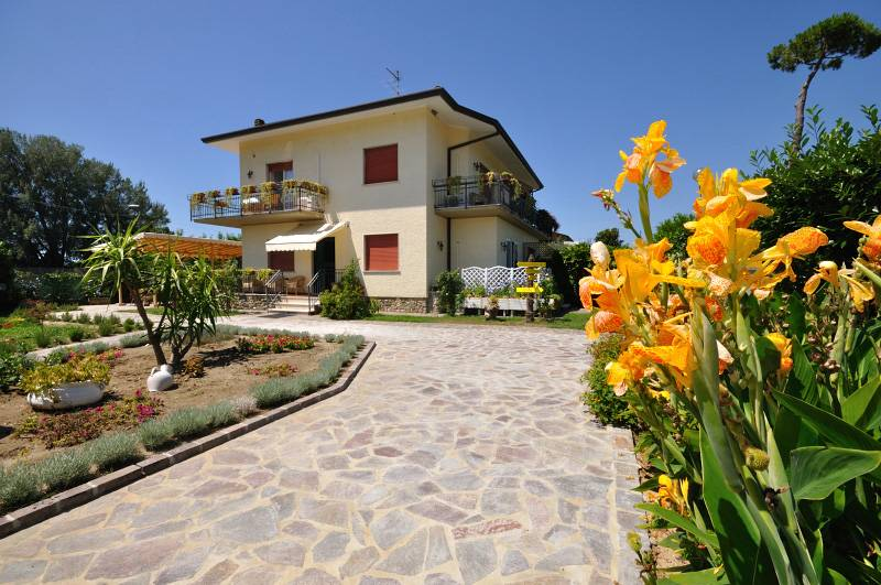 BB Miami Beach, Pietrasanta, Italy, Italy bed and breakfasts and hotels