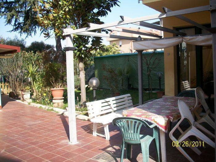 Bed and Breakfast L'arcobaleno, Bastia, Italy, bed & breakfasts and hotels for sharing a room in Bastia