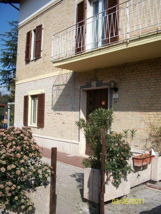 Bed and Breakfast L'arcobaleno, Bastia, Italy, Italy bed and breakfasts and hotels